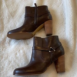 Cole Haan size 7.5 brown booties